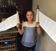 JEWELS - Ariella with the Torah