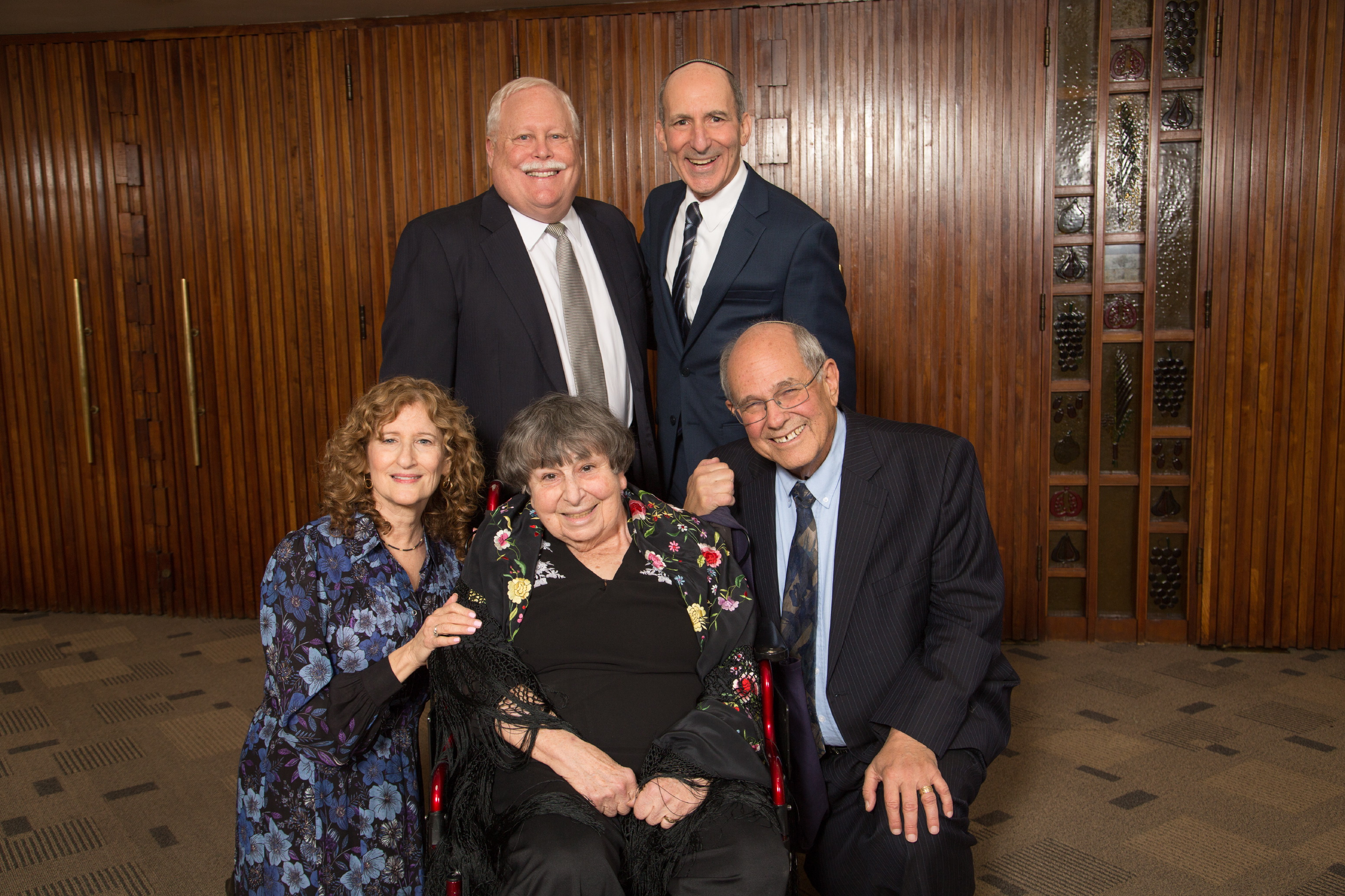 Left to right: Gala Chair Susan Jacoby Stern, BJE President Mark Berns, Honoree Marlynn Dorff, BJE Executive Director Dr. Gil Graff and Honoree Rabbi Elliot Dorff