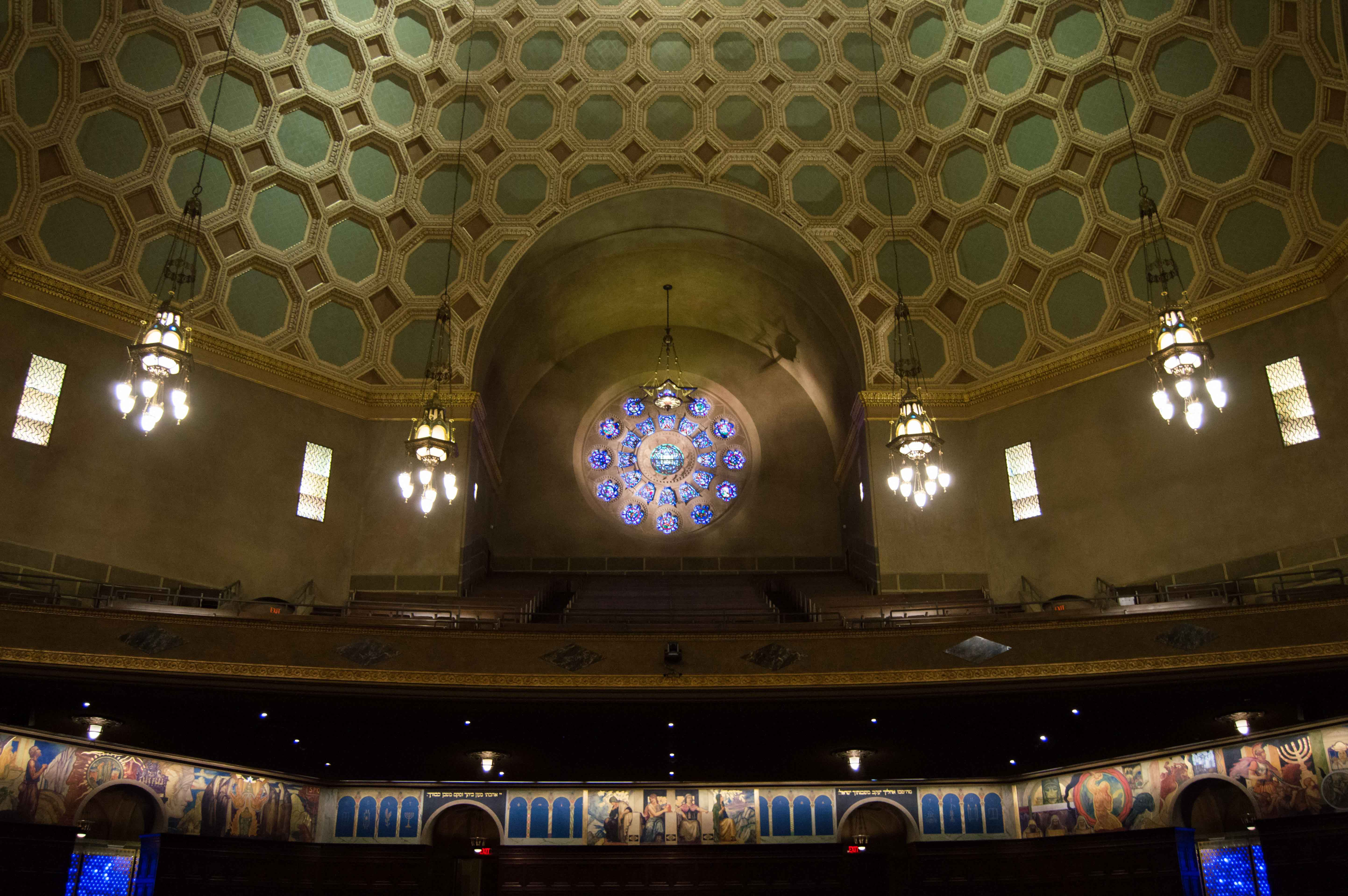 Wilshire Boulevard Temple - Interior of the Sanctuary